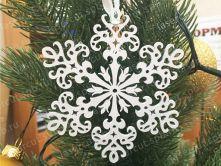 Снежинка из фанеры
